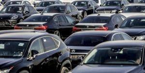خرید خودروی دست دوم در ایران